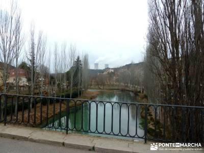 Monumento Natural Tetas de Viana - Trillo; mochilas trekking